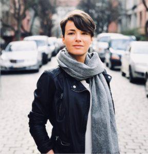 Journalistin Anna Neifer